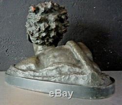 Alexandre OULINE Sculpture en terre cuite à patine verte époque art deco