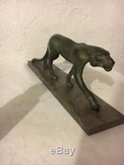 Ancienne Sculpture Lionne Art Deco Année 20 30 Signe M Font Régule