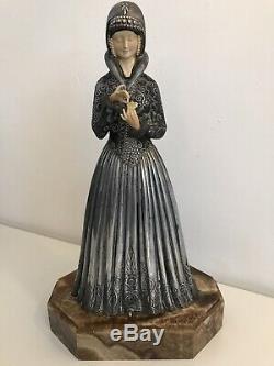 Chryséléphantine Sculpture signée D. H. Chiparus Femme Art Deco