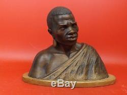 Croisière Noire Citroën Joli Buste d'Africain Sculpture en Bois Signée. Art Déco