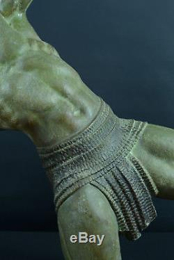 Demeter Chiparus signé Statue Homme Archet art deco Pat Bronze Archery Sculpture