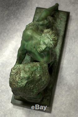 Emile GREGOIRE Le Mythe de Sisyphe 1930 Terre Cuite Signée Art Déco Sculpture