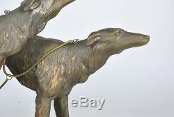 Georges Gori, Elégante aux barzoïs, sculpture signée, Art Déco, XXème Siècle
