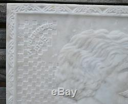 Grande plaque, bas-relief, en marbre blanc, art-déco, 1935 CAPDEROQUE
