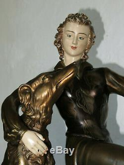Grande sculpture Art Deco Dame et chiens statue 20 kg