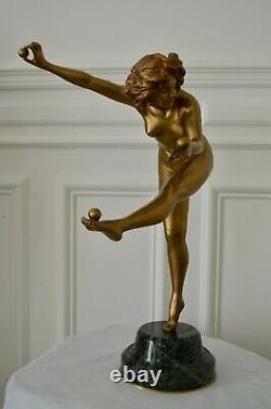 Immense sculpture art deco Claire Colinet Juggler