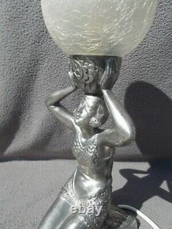 Lampe art deco 1930 statue femme danseuse globe en verre sculpture veilleuse