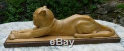 Panthere Art-Déco en bois sculpté signée