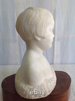 Raoul LAMOURDEDIEU Fillette en buste 1935 Folles Sculpture marbre blanc Art Déco