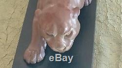 Remarquable sculpture de panthère en terre cuite, Art Déco, signée Desien