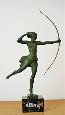 Sculpture Art Déco Diana Par L'artiste Français Jean De Marco