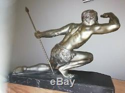 Sculpture Art Deco Le chasseur signé J. De Roncourt circa 1930
