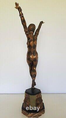 Sculpture Art Déco en Régul Danseuse des ballets Russes, signée