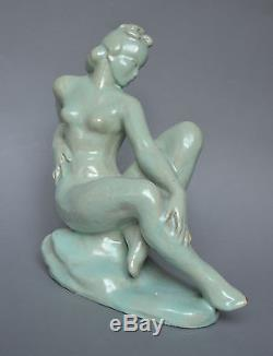 Sculpture Art-deco en terre-cuite Femme nu Hongrie 28 cm Terracota