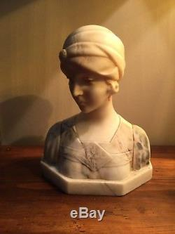 Sculpture Buste en Marbre Jeune Fille Art Déco, Garçonne A. TREFOLONI