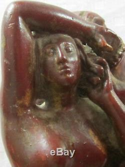 Sculpture En Bois Laque Dore Epoque Art Deco
