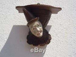Sculpture Pierrot bois sculpté d'époque art déco