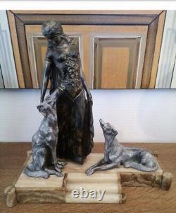 Sculpture Statue Regule Art deco La Femme Aux Lévriers