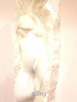 Sculpture Unique en Marbre Art Déco Femme par Amedeo Gennarelli