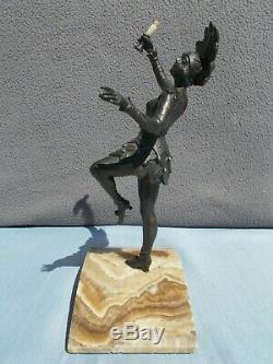 Sculpture art deco 30s femme danseuse de cabaret statue en regule couleur bronze