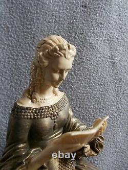 Sculpture art deco R. LULLIER statue femme élégante au chien levrier statuette