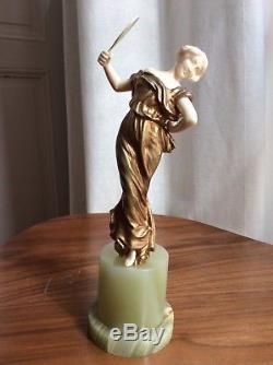 Sculpture chryselephantine art deco élégante aux éventails Barthelemy