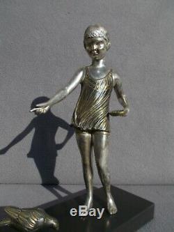 Sculpture enfant fillette & oiseaux art deco 1930 URIANO vintage statue figural