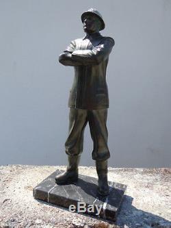 Sculpture statue sapeur pompier d'époque Art Déco