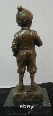 Statue Sculpture Garcon Fumeur Style Art Deco Style Art Nouveau Bronze massif Si