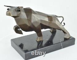 Statue Sculpture Taureau Animalier Style Art Deco Bronze massif Signe
