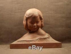 Superbe Grande Sculpture En Terre Cuite Jeune Fille, Enfant Signee A. Gennarelli