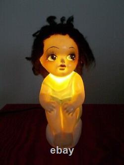 Veilleuse art deco 1920 enfant fillette baigneuse en porcelaine sculpture lampe